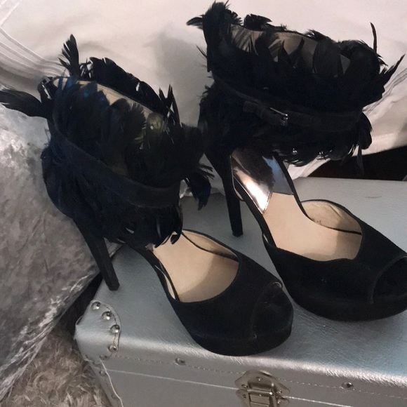 Michael Kors Shoes - Sexy black suede w Ostrich feather around ankle